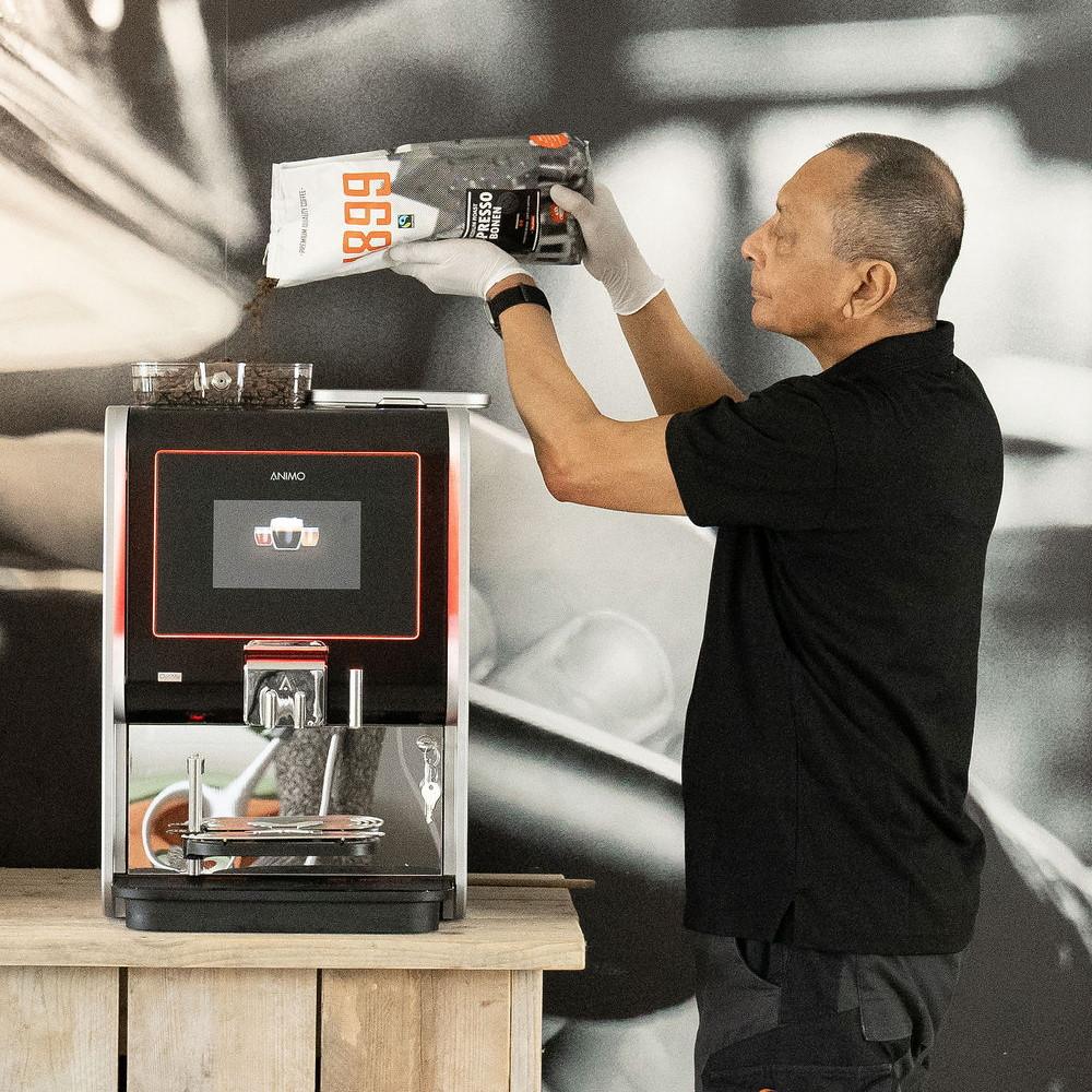Koffiemachine bijvullen full operating
